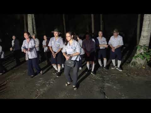 Xem video Vòng tay thân ái múa