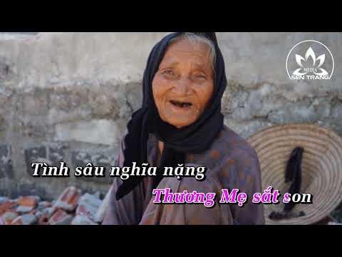 Đêm trăng nhớ Mẹ [Karaoke] -