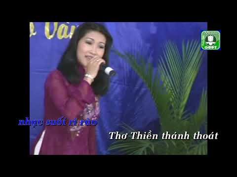 Về thăm chùa Huế - Thùy Dương